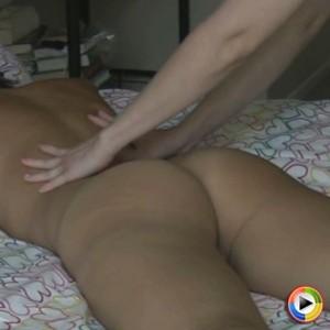 Kelly XoXo: KellyXoXo gets a massage